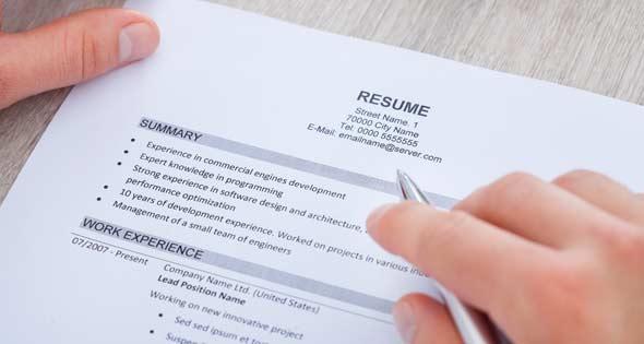 Algunos errores habituales que cometemos al redactar nuestro CV en inglés (iStock)
