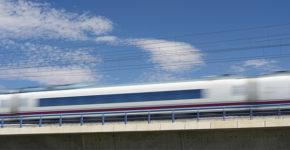 Renfe va a incorporar 15 nuevos trenes AVE (iStock)