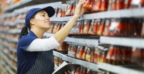 Las contrataciones en supermercados se disparan en verano (iStock)