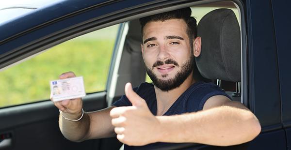 Tipos de carnet de conducir y las salidas que tiene (Istock).
