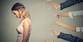 10 cosas prohibidas en un trabajo (istock)