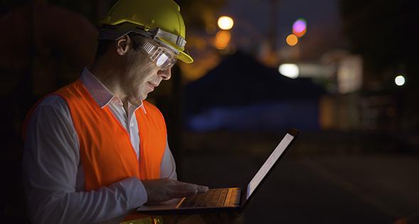 El cambio de horario afecta sobre todo a los trabajadores nocturnos(Istock)