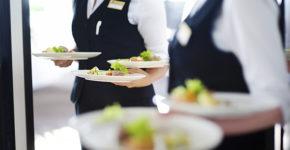 107 puestos para camareros sin experiencia en Madrid (istock)