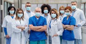 "Oferta empleo Hospital ""Ciudad de Lucena"" (iStock)"