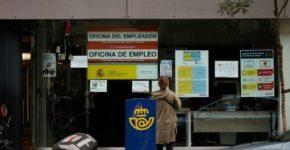 Oficinas SEPE en España (iStock)